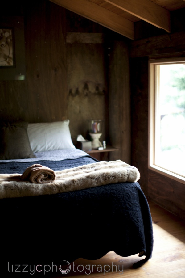 Paynes Hut's Warm Accommodation ~ The Barn